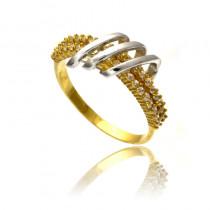 Oryginalny i szykowny złoty pierścionek