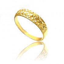 Złoty diamentowany pierścionek