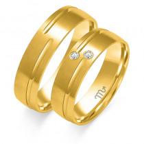 Obrączki ślubne z białego złota wykończone subtelnym matem