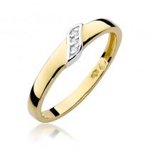 Niepowtarzalny złoty pierścionek z lśniącymi diamentami