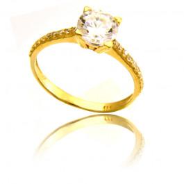 Złoty elegancki i uroczy pierścionek