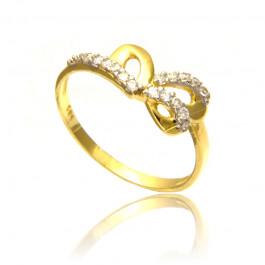 Uroczy złoty pierścionek