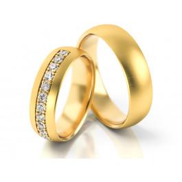 Obrączki ślubne z żółtego złota wykończone cyrkoniami