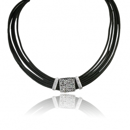 Naszyjnik modowy z posrebrzanymi elementami i cyrkoniami