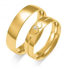 Złote obrączki ślubne z dwoma sercami