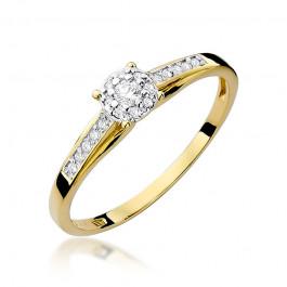 Śliczny pierścionek zaręczynowy z diamentami