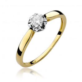 Klasyczny złoty pierścionek zaręczynowy z okazałym diamentem osadzonym w białym złocie