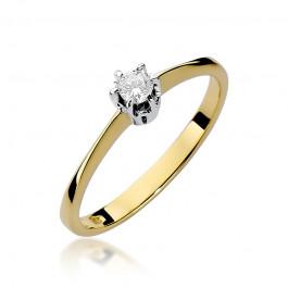 Śliczny złoty pierścionek zaręczynowy przyozdobiony diamentem