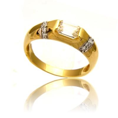 Elegancki złoty pierścionek