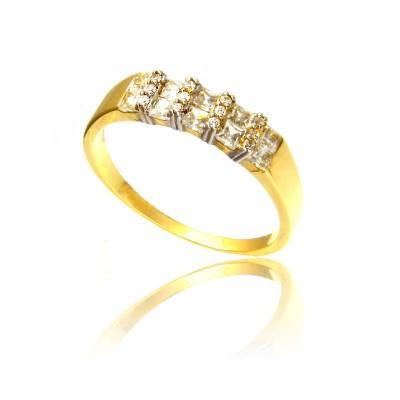 Szykowny pierścionek z żółtego złota i cyrkoniami