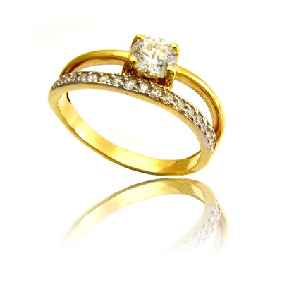 Wytworny i szykowny złoty pierścionek