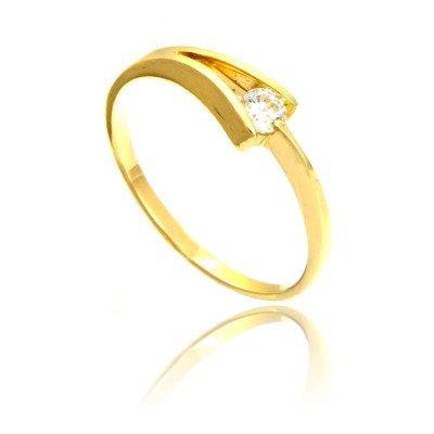 Subtelny i delikatny złoty pierścionek z cyrkonią