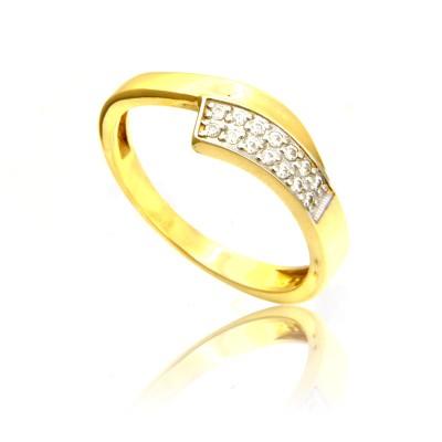Złoty efektowny pierścionek