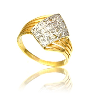 Wykwitny pierścionek z żółtego złota