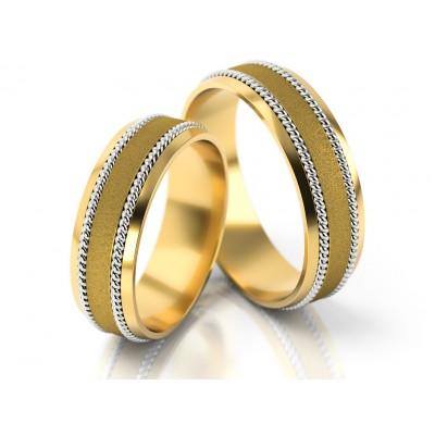 Obrączki ślubne z żółtego złota ze stylowym zdobieniem