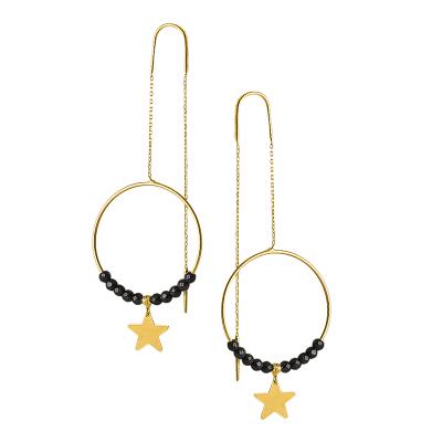Złote kolczyki przeciągane kółeczka z czarnymi kuleczkami z oksydowanego złota i gwiazdką