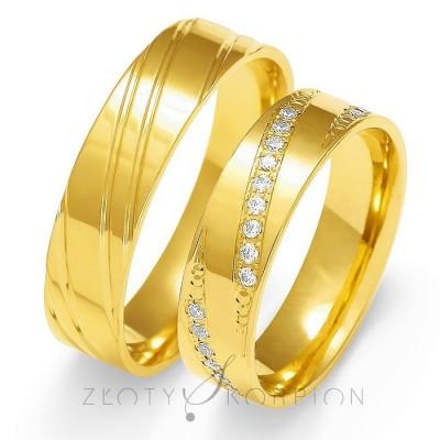 Złote obrączki ślubne z wyszukanym zdobieniem całe żółte