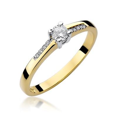 Olśniewający zloty pierścionek zaręczynowy z brylantami