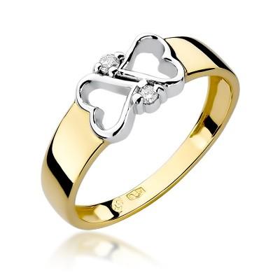 Romantyczny złoty pierścionek z dwoma serduszkami i diamentami