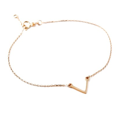 Prosta złota bransoletka z geometrycznym zdobieniem