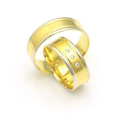 Obrączki ślubne złote płaskie ze zdobieniem po bokach