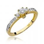 Ekskluzywny złoty pierścionek ozdobiony diamentami