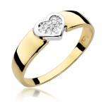 Subtelny złoty pierścionek z serduszkiem wysadzanym diamentami